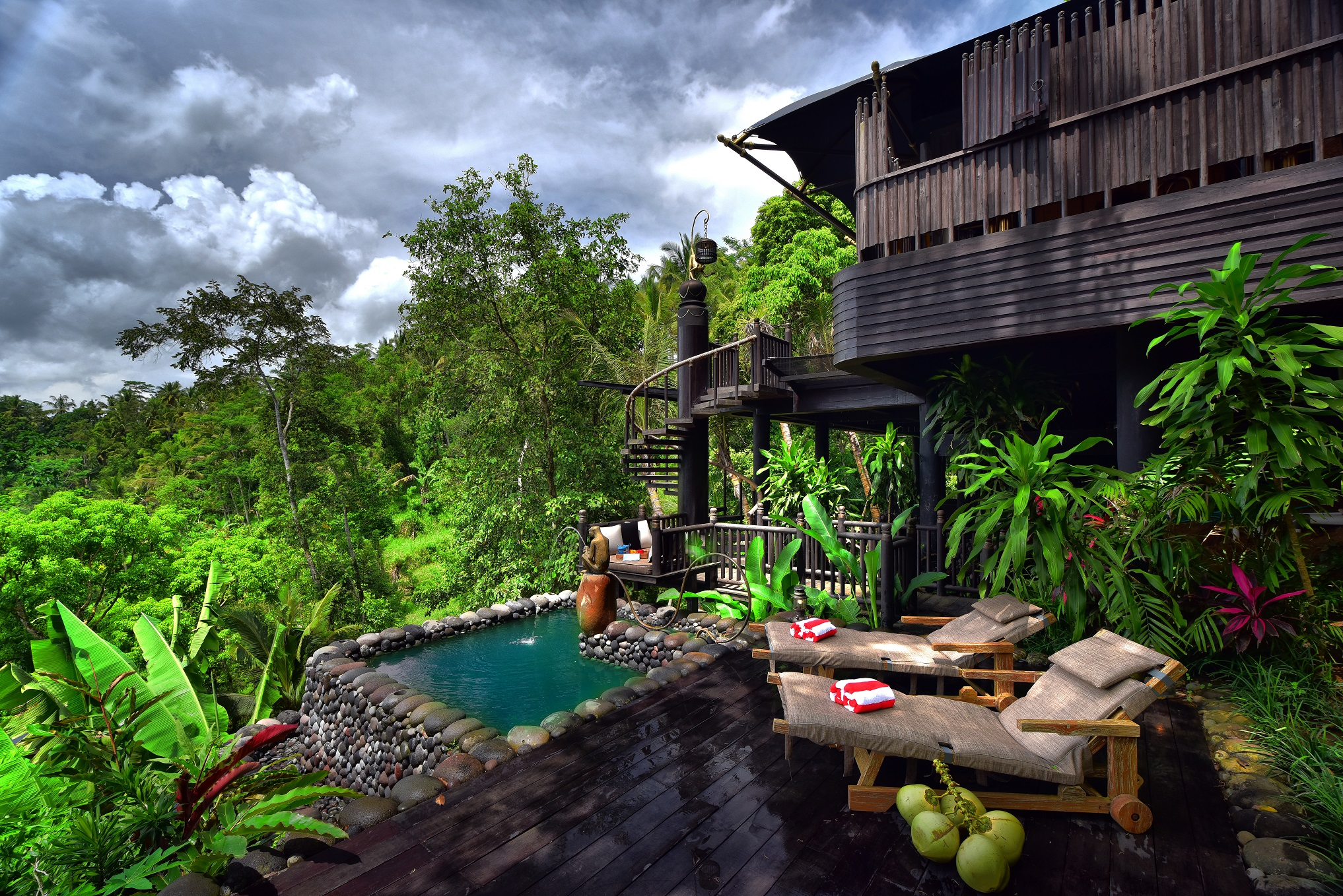 Capella-Ubud-Individual-plunge-pool-for-each-ten